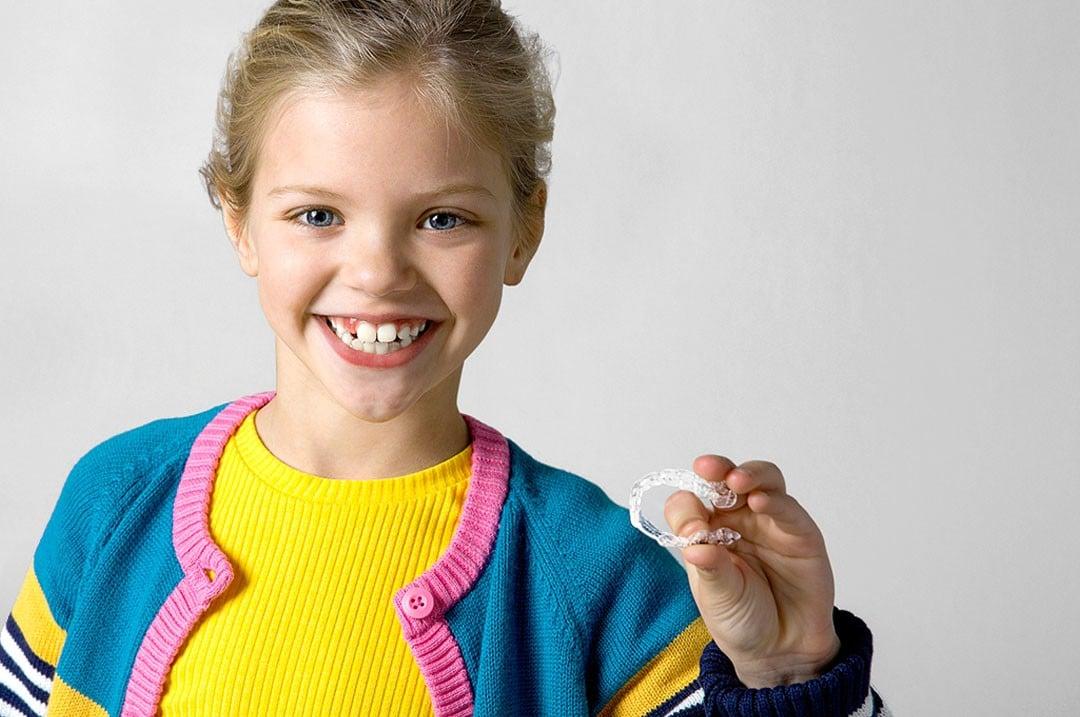 invisalign first aligneurs orthodontie enfant